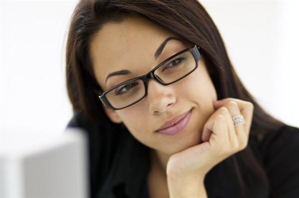 informazioni per a9b59 d335f Donne, più sexy con gli occhiali - Style.it