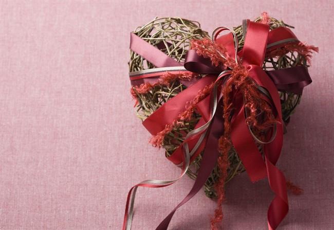 Decorazioni fai da te 10 idee da copiare - Decorazioni natalizie fatte a mano per bambini ...