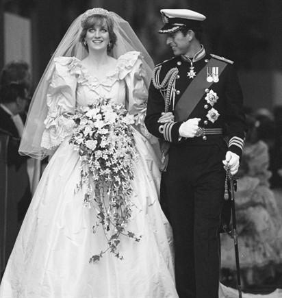 79f56de0377f Abito Da Sposa Lady Diana Spencer