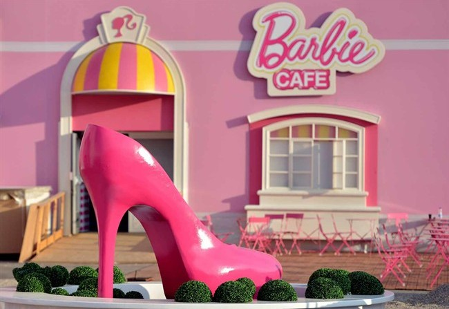 La casa museo di Barbie a Berlino: le foto della Barbie Dream ...