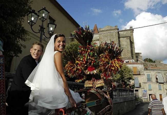 Matrimonio Rustico Sicilia : Letizia e duncan matrimonio in sicilia style